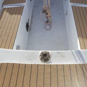 dreamracerboats service revêtement antidérapant performant imitation teck posé sur pont de bateau