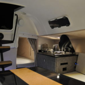 couchette-arrière-yacht-agencement-intérieur