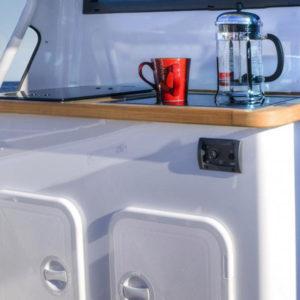 cuisine-bateau-agencement-aménagement-extérieur-yacht-pêche-bateau-moteur