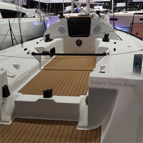 DREAM RACER BOATS fabric-teck-deck-synthetic-antislide-coating Technical solutions