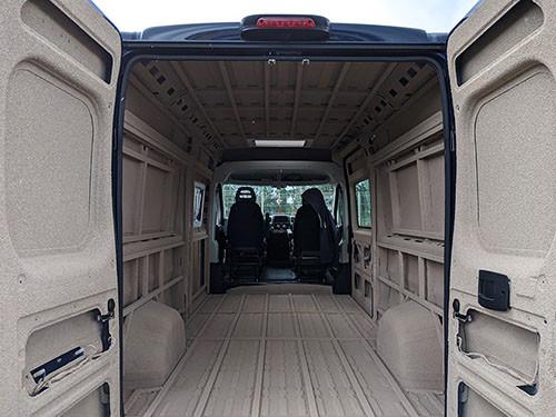 DREAM RACER BOATS Isolation-bateaux-vans Développement durable : isoler avec du liège projeté A la une Actualités