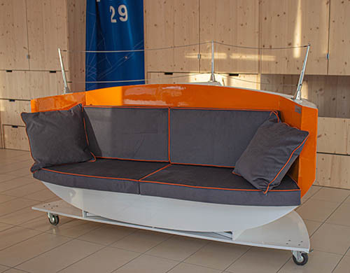 DREAM RACER BOATS seat-boat New product: « Ottoman Iodé » seating Featured News