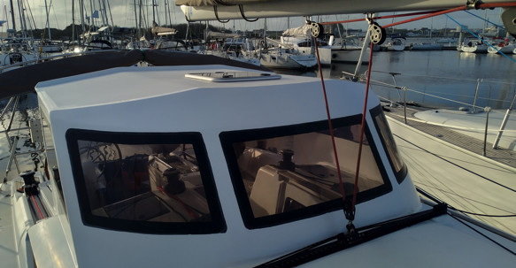 DREAM RACER BOATS sun-bridge-roof-sun-odyssey-jeanneau Remote work: the manufacture of a roof Featured News