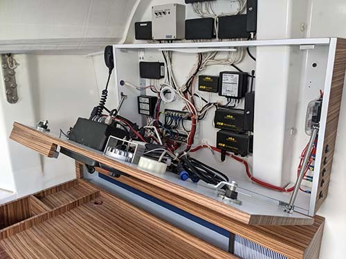 DREAM RACER BOATS panneau-instrumentation Présentation du refit du Figaro 2, FRA 94 A la une Actualités
